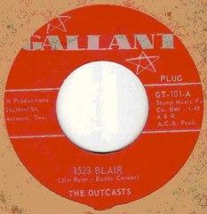 Outcasts_label